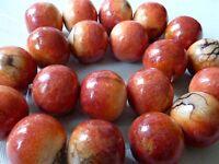 APFELKORALLE Perle Kugel Edelstein Maserung 20 - 22 mm rot 2507
