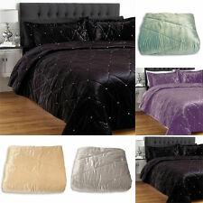 Polyester Solid Pattern Contemporary Decorative Bedspreads