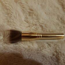 bareMinerals -  Soft Focus Face Brush - Pinsel fürs Gesicht-Gold - weiße Spitzen