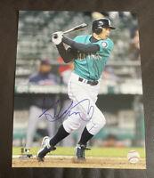 ICHIRO Suzuki Signed Autographed 11x14 MLB Photofile Photo ~ Seattle Mariners
