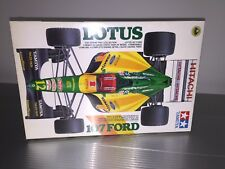 Tamiya | 1:20 | Formula 1 | Hakkinen - Herbert | 1992 Lotus-Ford 107 F1 Kit