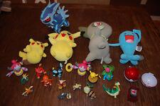 Mixed lot of Pokemon Toy Figures an Plush Dolls