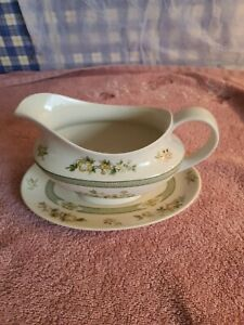 Royal Doulton 'Tonkin' Pattern Gravy Sauce Boat And Stand