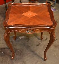 Beautiful FRENCH WALNUT INLAID TOP END TABLE