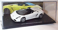 Lamborghini Gallardo Spyder 2005 in White 1-43 scale  new in case