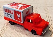 VINTAGE TIN & PLASTIC QANTAS AUSTRALIA'S AIR LINE DELIVERY TRUCK VEHICLE TOY