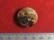 Old Pin Badge Button Vintage THE BEATLES .