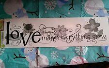 Love makes everything grow Wall Sticker Walll decorWALL WORD