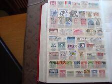 TCHECOSLOVAQUIE - 53 timbres obliteres (tout etat) stamp