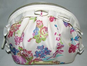 Betsey Johnson White Flower Floral Small Make Up Travel Bag Tote Clutch Pouch