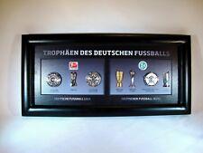 """Pin-Rahmen """"Trophäen des Deutschen Fußballs"""" 36x17,5 cm Meister,Pokal,Sieger"""