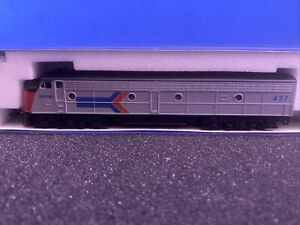 Kato N Scale Diesel Locomotive Amtrak 1762-252 E8/9•A #437