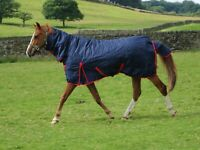 SALE!! 1680d Super Tough Heavyweight 350g & 450g Fill Turnout Rug Navy or Black