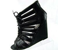STEVE MADDEN Sandals Black Wedge Zipper Sides Gladiator Sz 10