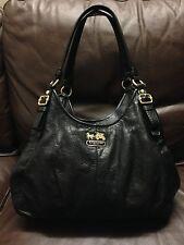 NO RESERVE Authentic Coach Women's HandBag Purse Black Leather Shoulder Bag