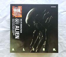 Sci-Fi Revoltech Alien action figure Series No.001 with Chip Tokusatsu Kaiyodo