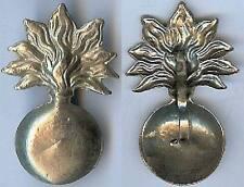 Casque - Grenade métal blanc et léger estampé d=40 x 26 mm