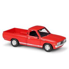 Maisto 1:24 Datsun 620 Pick-up 1973 red