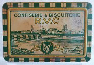Ancienne boite en tôle à Biscuits Confiserie & Biscuiterie R.V.C à Mâcon XXe