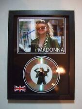 MADONNA    SIGNED  GOLD  DISC  Y8