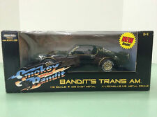"1:18 Ertl 1977 Pontiac Trans AM ""Smokey And The bandido"