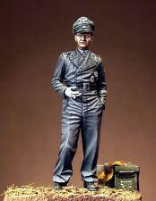 PEGASO MODEL PLATOON GERMAN TANK OFFICER 1944  Scala 1:35 Cod.PT013