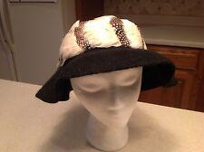 Vintage Ladies Hat Carol Ann Henry Pollack 100% Woold/ Felt Black with Feathers!