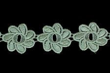 40mm  Wide Ivory Flower Applique Guipure/ Venise Lace Trimmings - 27.4 Metres