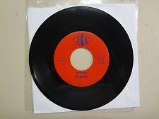 """ROCKERS: Runaway 2:22- There's A Pain 2:18-U.S. 7"""" 1965 IGL Diamond Label 45-102"""