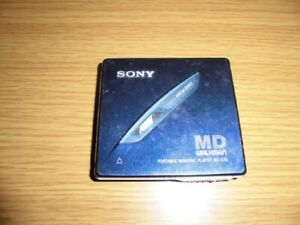 Sony MD Walkman MiniDisc Player MZ-E70 Unit only junk Vintage from Japan(A)