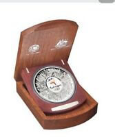 Australia:2000 $30 1kg Olympic Silver Proof in wooden Case with certificate
