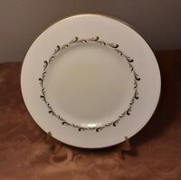 Royal Doulton English Fine Bone China - Rondo - 5 Salad Plates