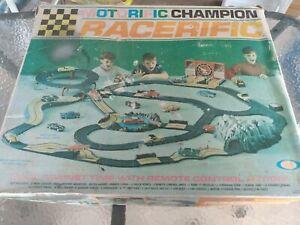 Vintage 1966 Ideal Motorific champion Track Set • USA •