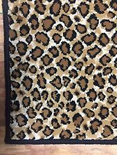 "leopard  animal print cut pile soft and thick carpet 2'6"" x 4'"