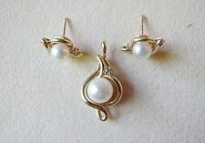 14kt Yellow Gold Matching Pendent Earrings w/ Pearls Diamond Accents 4.72 Grams