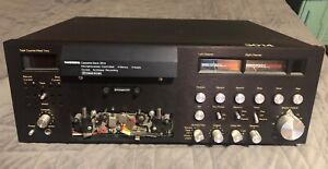 Tandberg 3014 cassette deck, powers up, needs belts <<<possible SE delivery>>>