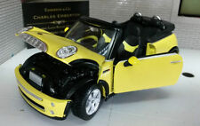 Coche de automodelismo y aeromodelismo Maisto color principal amarillo