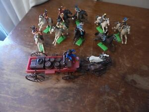 BRITAINS DETAIL FIGURES COWBOYS & INDIANS ON HORSE BACK + WAGON