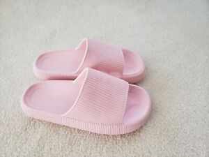NEW - PILLOW SLIDES, PINK, SIZE 40-41 EUR, 10 US.