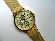 OFERTA Muy Elegante Blanco Caras Reloj de cuarzo Metal Dorado Correa OFERTA