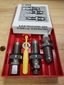 LEE FACTORY LOADING RELOADING DIES 90624 IN 32 S&W LONG 32 COLT NEW POLICE CAL.