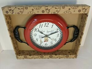 New!!! Classic Red Kitchen Pan Analog Wall Clock