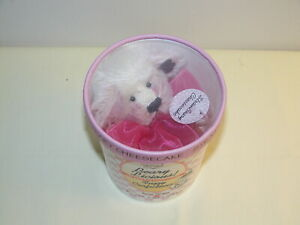 Vintage Annette Funicello Strawbeary Cheesecake Beary Licious Ice Cream Bear MIB