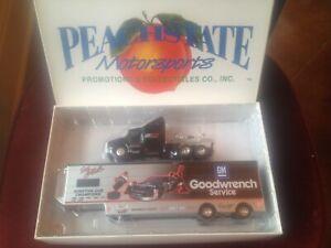 NASCAR DALE EARNHARDT 1996 #3 Goodwrench Racing 1/64 Peachstate Hauler & Car SET