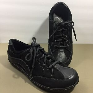 BOC Born Concept Womens 9.5 Black Leather Suede Lace Up Flats Sneaker C96303 euc