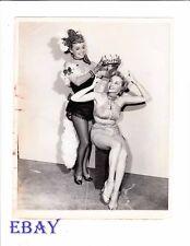 Ann Sheridan crowns busty leggy Mari Blanchard VINTAGE Photo