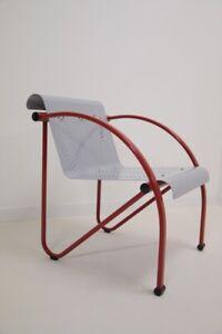 Sessel - Vintage - Jahre 80 - Design - Modernist - Minimalist - Metall Lackiert