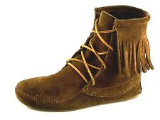 Minnetonka Moccasins Single Tier  Brown Fringed Tamper Boots Womens Size 8 US.