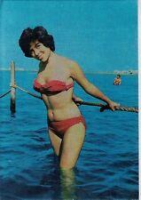 PIN UP Girl Sexy Bikini Beach PC 1950s Real Photo Early 3D Metallic effect 6