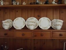 DUCHESS TEA SET FOR 6 FT HONEYSUCKLE